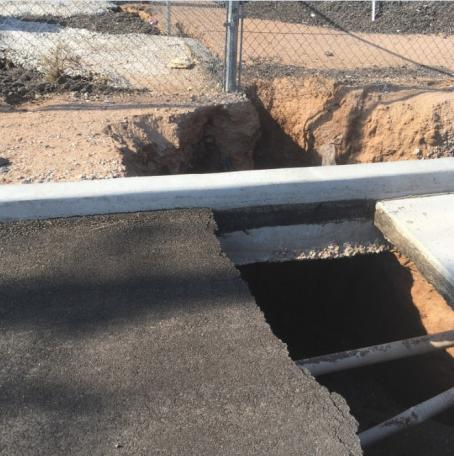 Collapsed section of Houston Road, Apache Junction (13 Aug. 2018)
